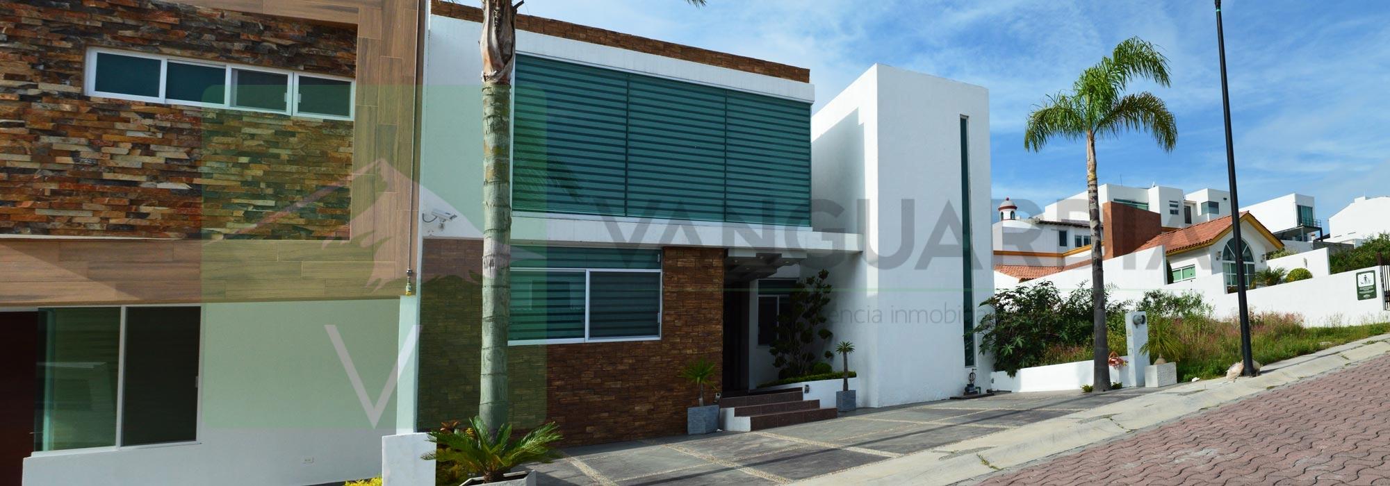 Amplia y lujosa residencia con 4 habitaciones. – Querétaro | Cumbres Del Cimatario
