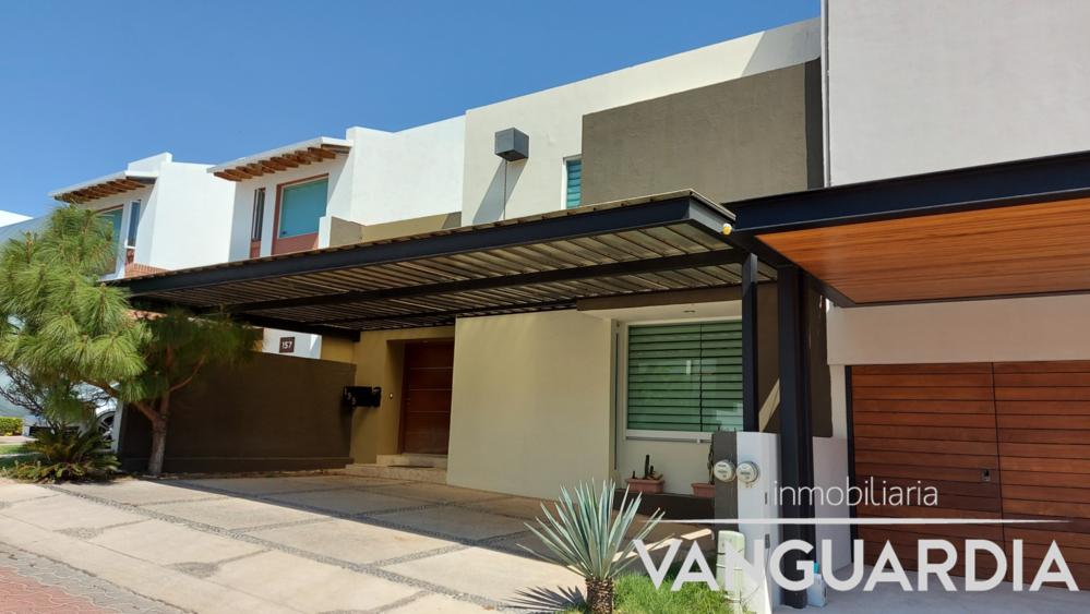 Moderna casa en Venta con 3 amplias recamaras. – Querétaro | Cumbres Del Cimatario